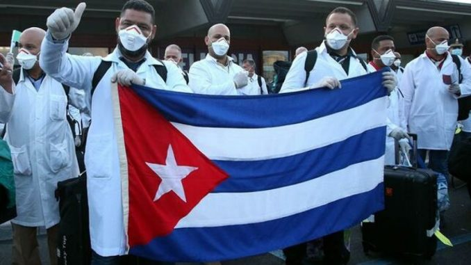 Cuban doctors arrive in Spain